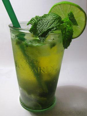 picture of the cocktail Mojito royal
